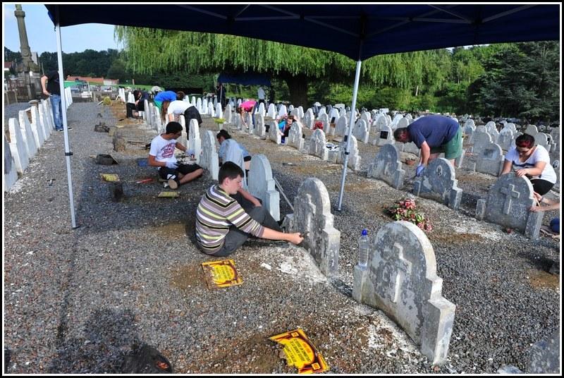 2014 au cimetière de Houdeng