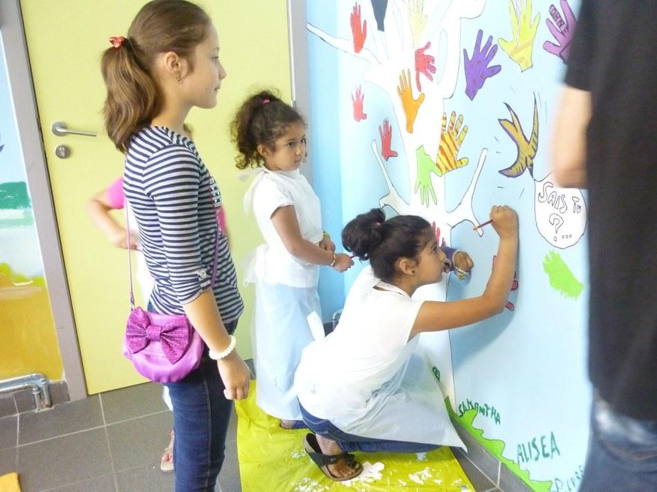 Projet fresques à la Maison de quartier de Saint Vaast